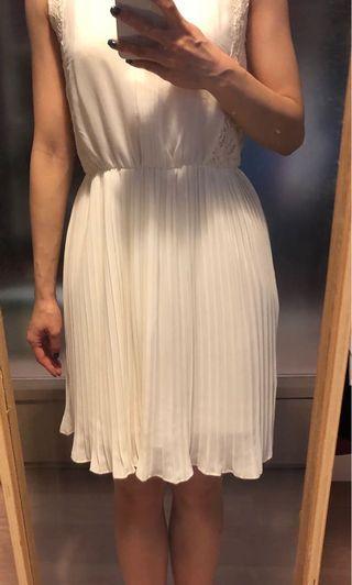 米白色紗裙 Off white dress