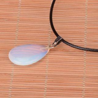🚚 Opal necklace