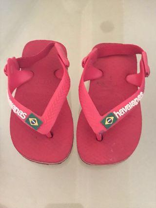 Havaianas red sandals