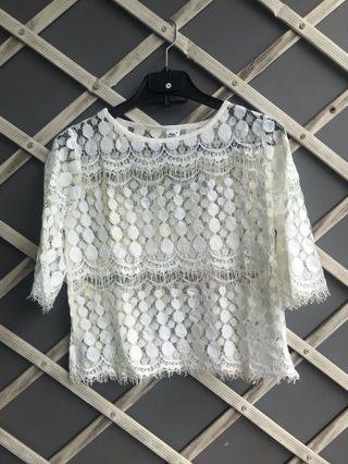White Lace Top / Blouse Putih Import Korea