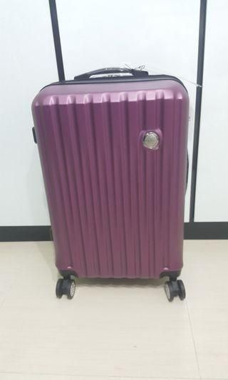 "🚚 BNIB 24"" Lightweight New Yorker Luggage"
