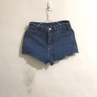 🚚 花瓣牛仔短褲熱褲