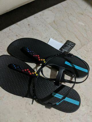 🚚 Sandals Ipanema