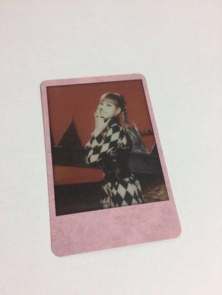 wtt lisa polaroid photocard
