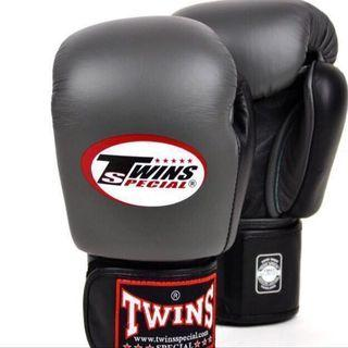 (Two Tone) Twins Special Muay Thai Boxing Glove