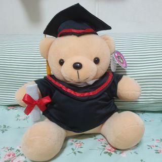 🚚 Graduation bear teddy plush