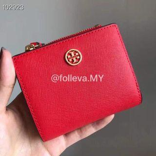 💯 Authentic Tory Burch Robinson Wallet