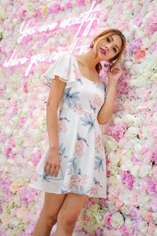 🚚 Lovet innis Square neck floral dress