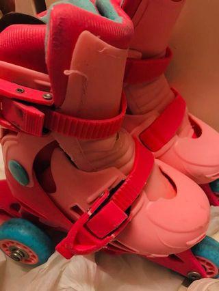 Roller blade 滾軸溜冰