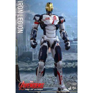 "Hot Toys ""Avengers: Age of Ultron"" Iron Legion"