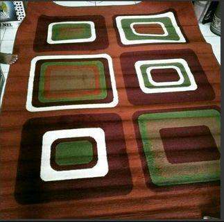 Karpet permadani kotak