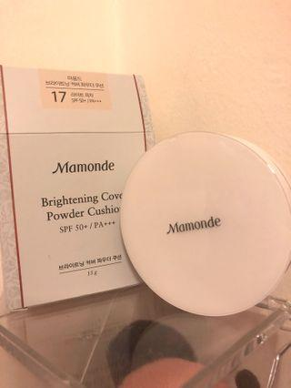 Mamonde Brightening Cover Powder Cushion No.17 . Light tone . New with box .