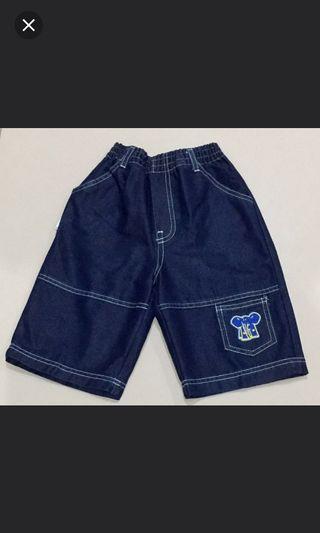 Celana Pendek Anak Usia 6 - 7 Tahun