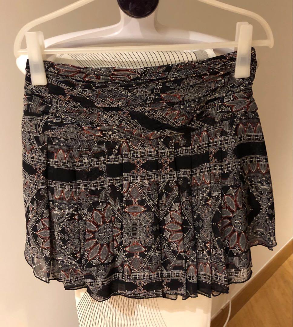 🈹🇨🇦🇺🇸 Club Monaco 100% Silk Skirt (with free gifts)