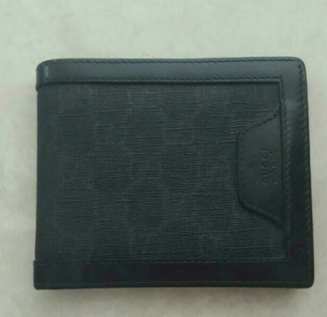 736185bfe112 Authentic Black Gucci Men Bifold Wallet, Men's Fashion, Bags ...
