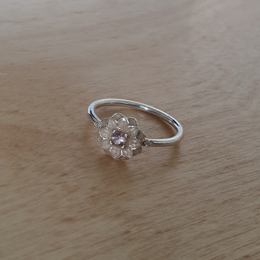 456e021c3 AUTHENTIC Pandora Blooming Dahlia Ring - Size 54 - RETIRED [Sterling Silver  925 With Cream Enamel & Blush Pink Crystal ALE], Women's Fashion,  Jewellery, ...