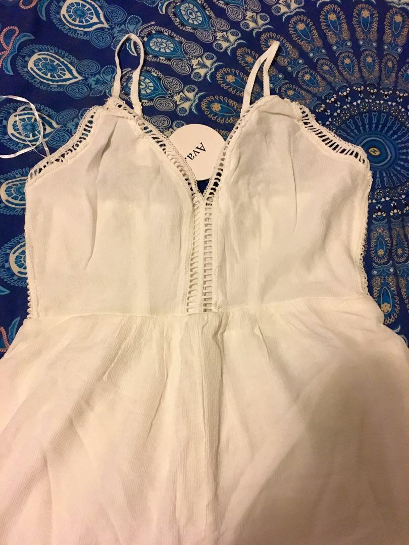 Bnwt Ava White cutout detail playsuit romper size M  RRP$49.95