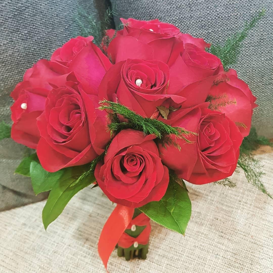 Bridal Hand Bouquet Roses