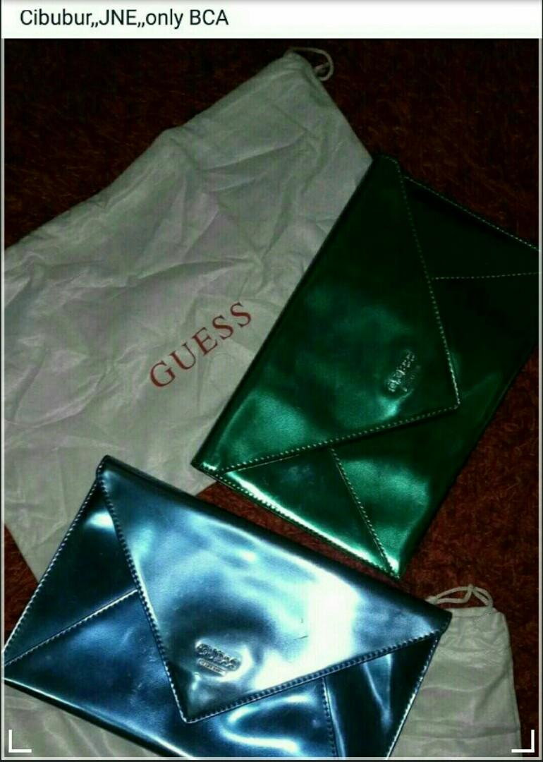 CLUTCH GUESS ORIGINAL