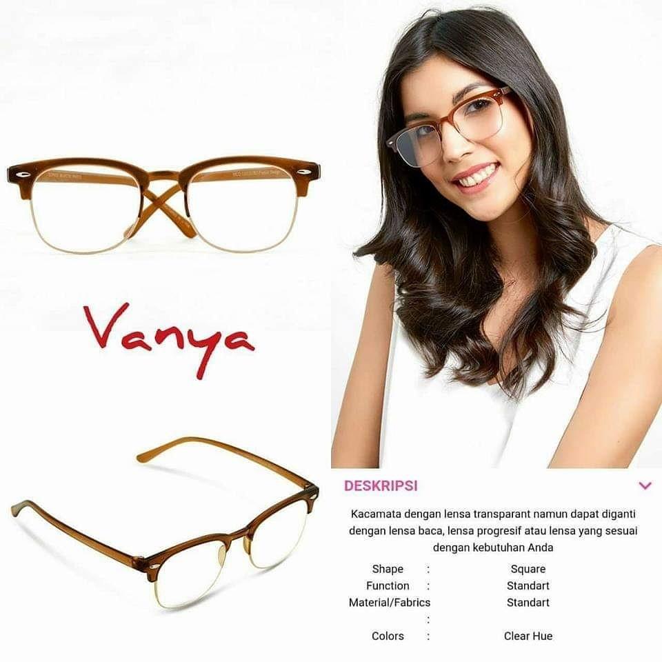 Kacamata Sophie Martin