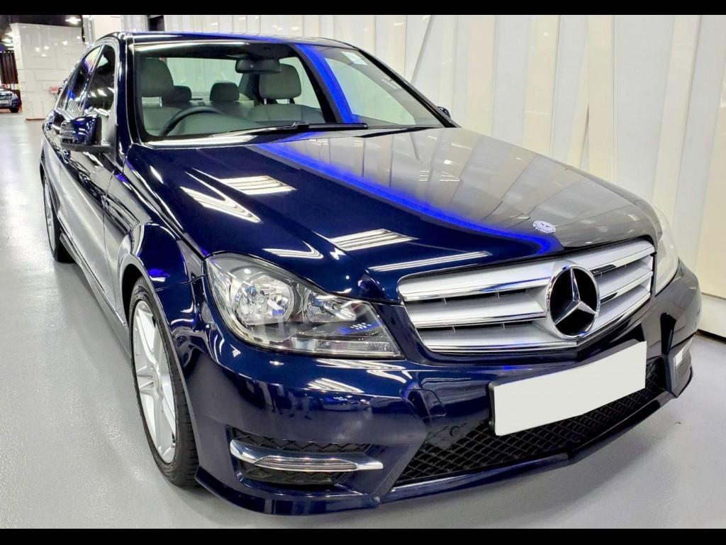 Mercedes-Benz C200 BLUEEFFICIENCY AMG FL