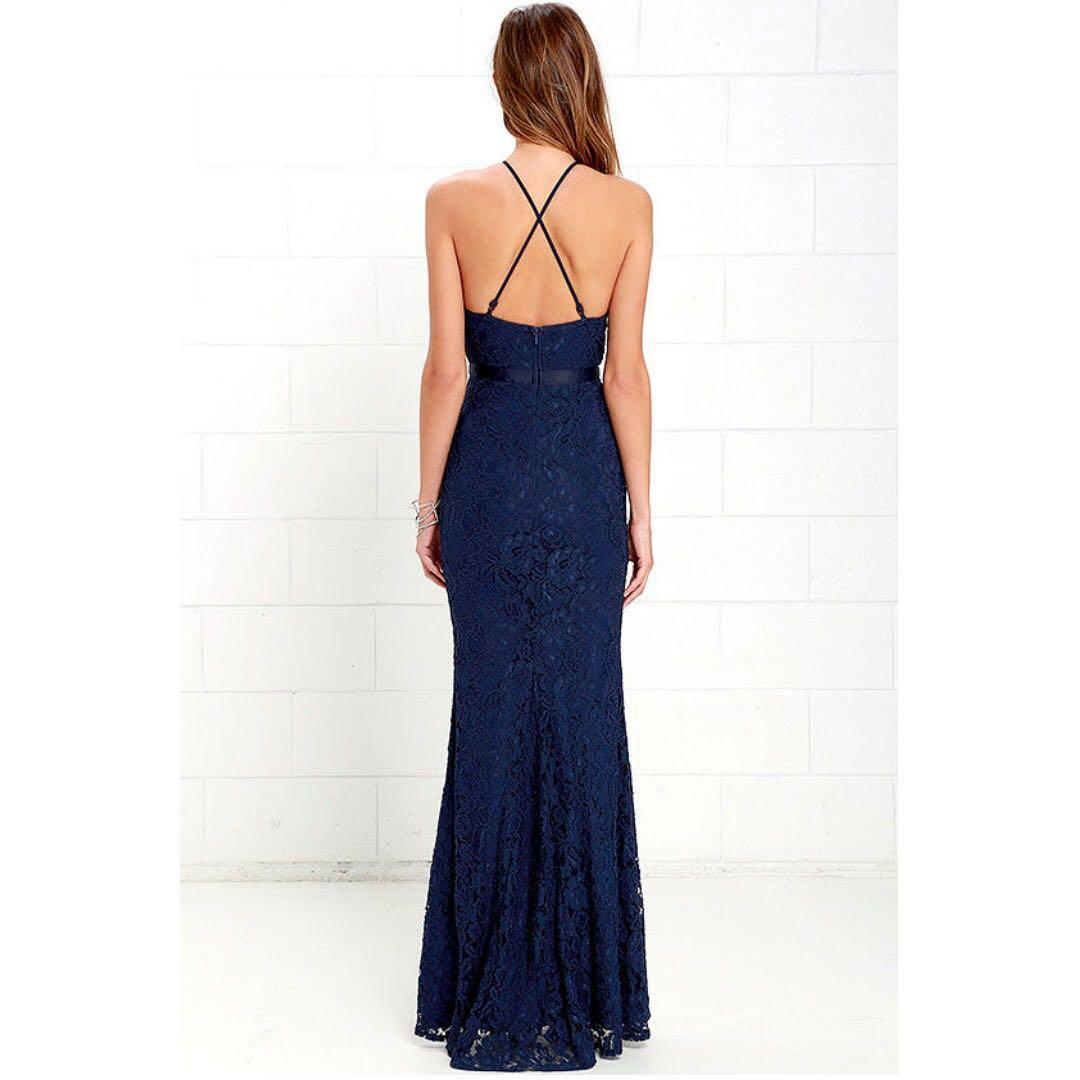 NWT *Elegant•Stunning* Evening Gown/Formal/Prom Halter Scalloped Hem Lace Open-back Strappy Dress Navy Sz4