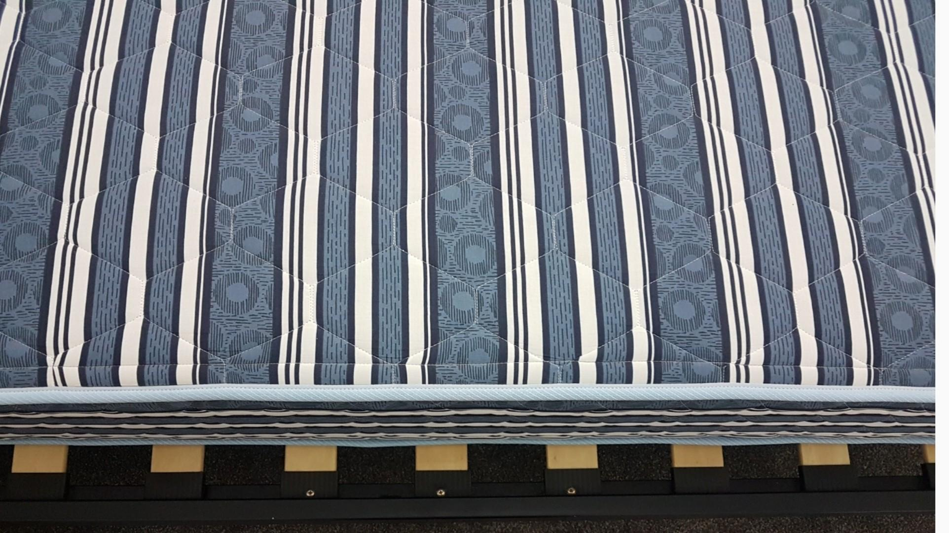 *PRICE DROP* Queen size mattress and free frame