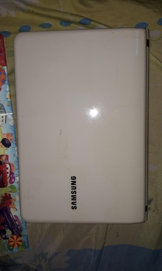 SAMSUNG NC110P/NC108P/NC111P Netbook Series
