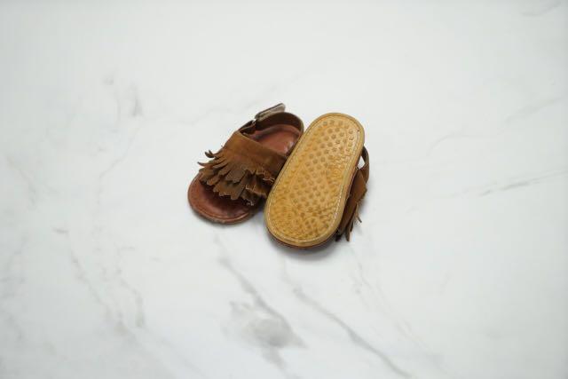 Sepatu bayi - prewalker anak