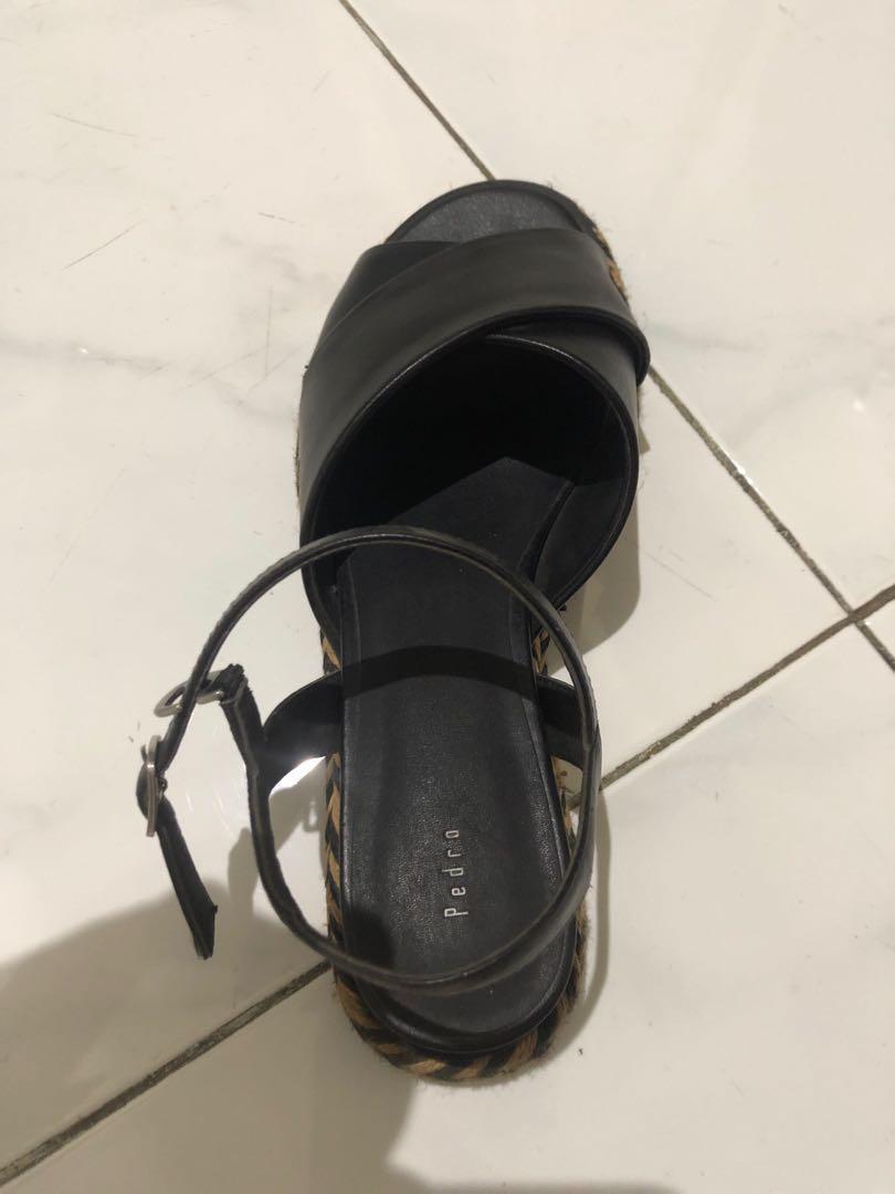 Sepatu sandal pedro ori