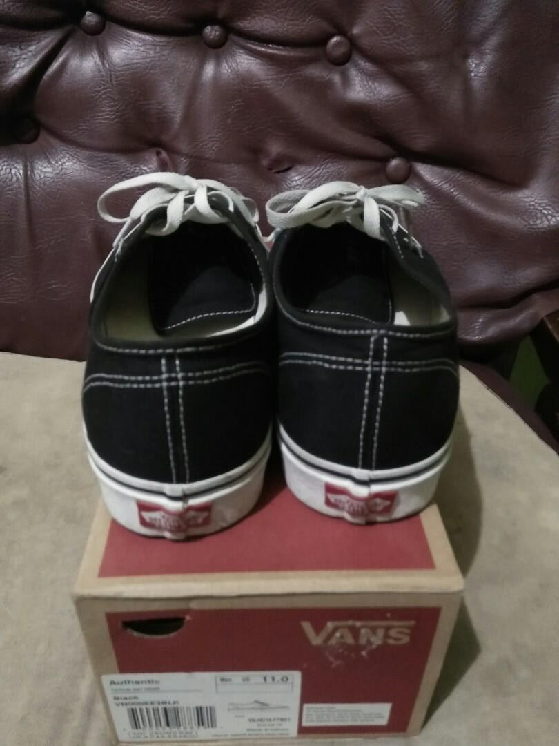 Sepatu vans authentic original