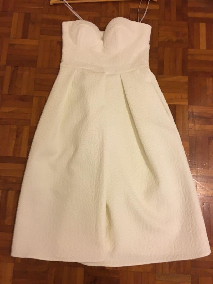 Size 8 SHEIKE DRESS NEVER WORN tags ATTACHED  MIDI LENGTH