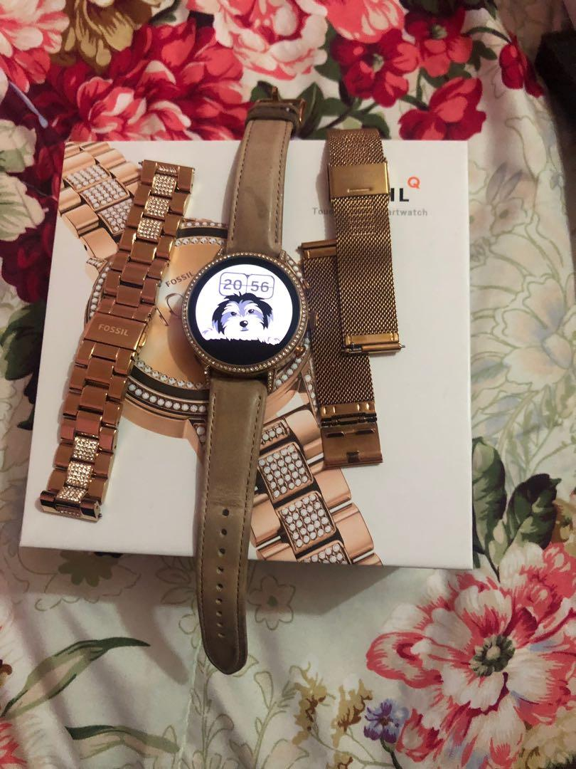 smart watches - with 3 differences straps