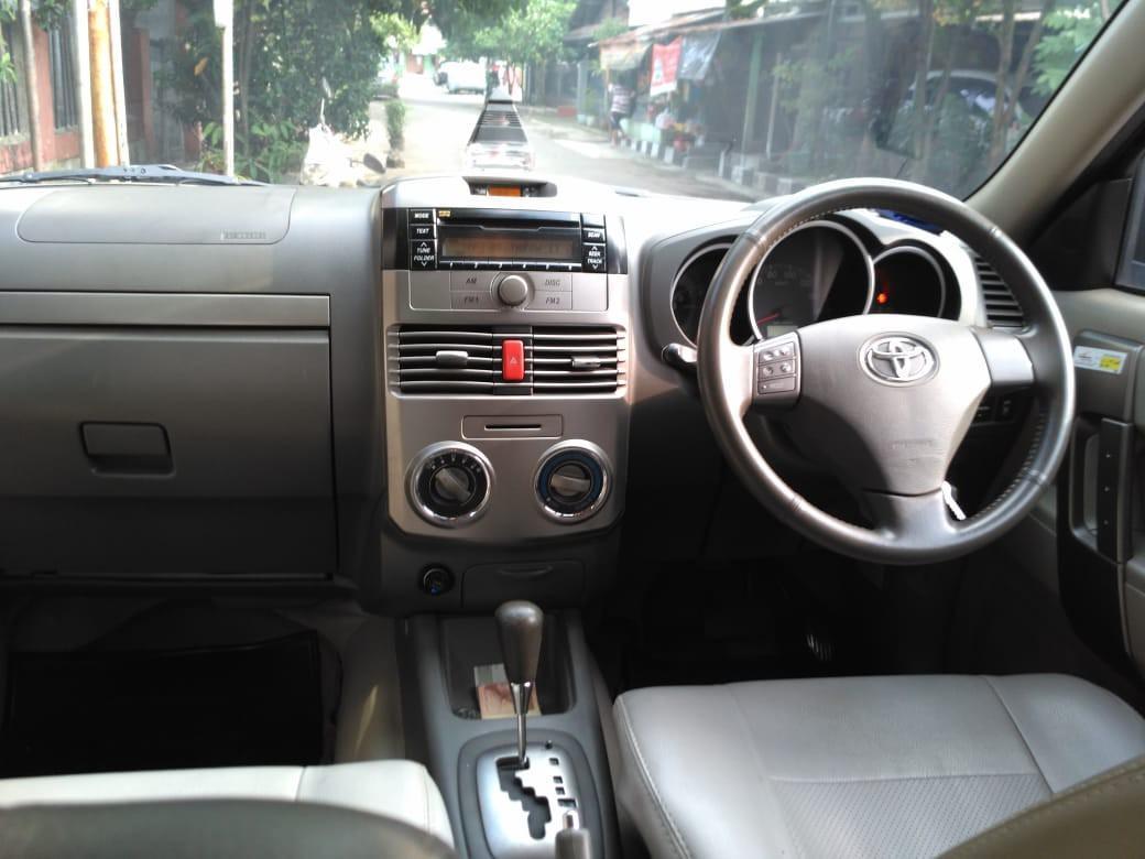 Toyota rush tahun 2011