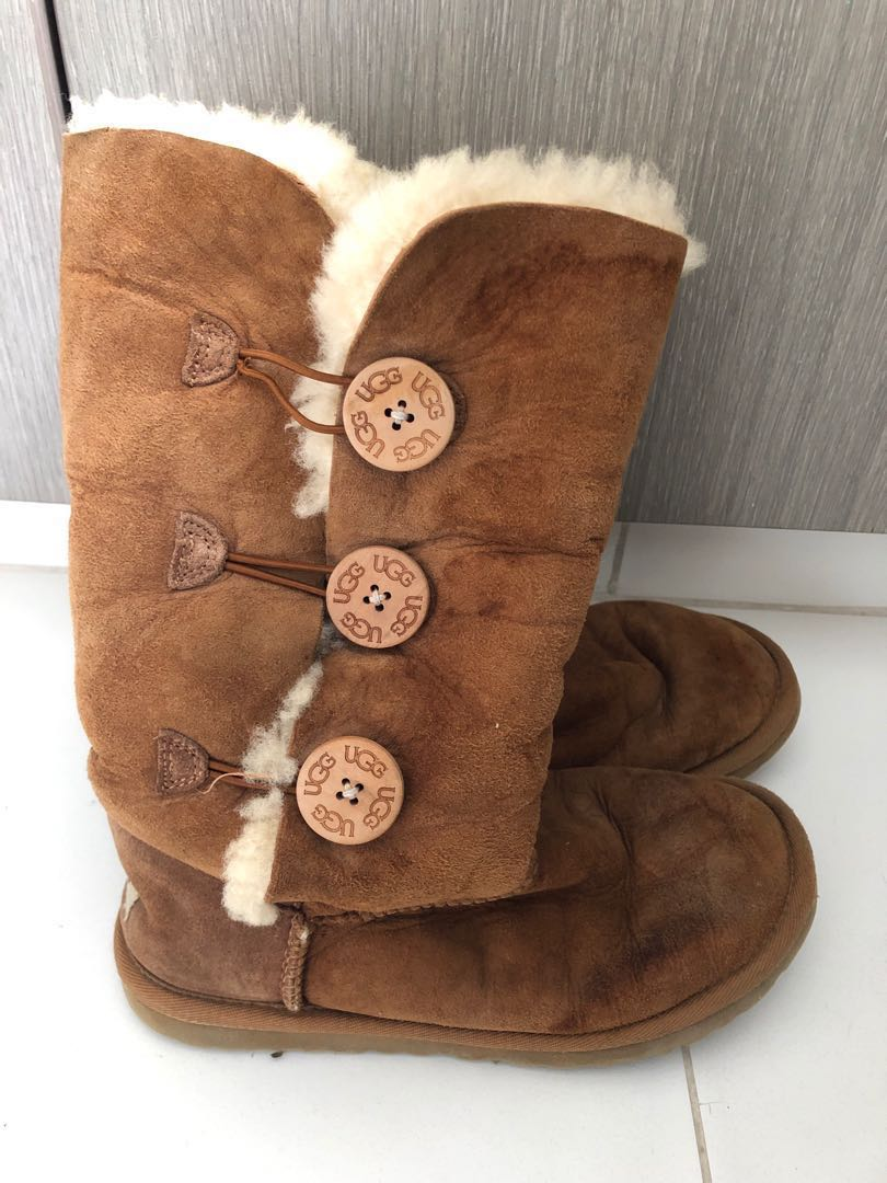 781288005c3 Ugg boots