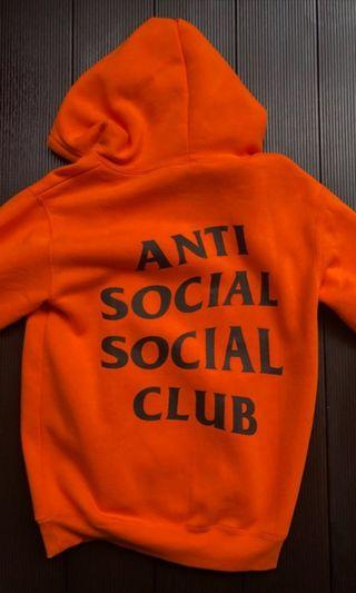 🚚 ASSC x UNDEFEATED paranoid hoodie