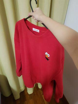 🚚 Red elmo pullover