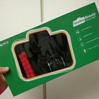 🚚 Oppo flawless beauty gift package
