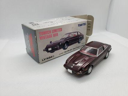 Tomytec Fairlady 紫色