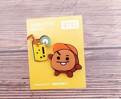 Preorder: BT21 Badge & pin set
