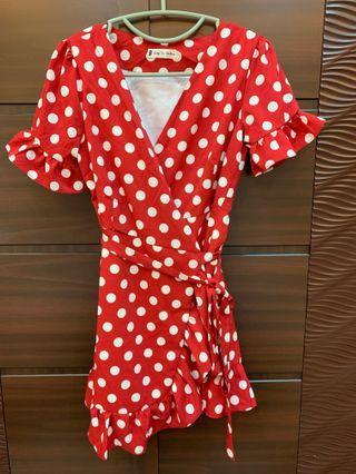 歐美風 一片試綁帶短洋裝