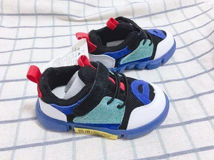 🚚 全新 男寶寶 男小童學步鞋 運動鞋 內長13.3cm