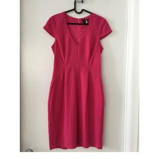 New HM H&M Spring Summer V-neck hot pink dress, size 10