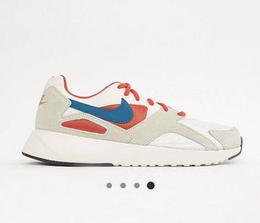 Nike Pantheos Trainers in White (Brand New)