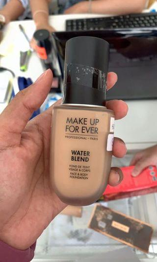 Makeup Forever Waterblend Foundation