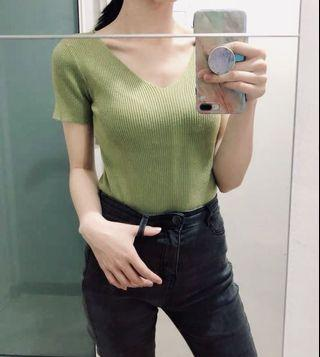 🚚 Mustard Knitted Top