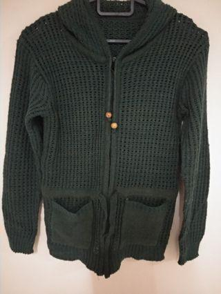 Knitted Sweater hooded