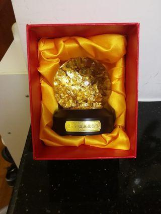 黄金水晶球