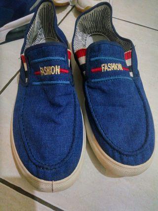 Sepatu fasion