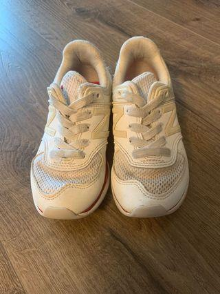 New Balance Sneakers EUR 28.5